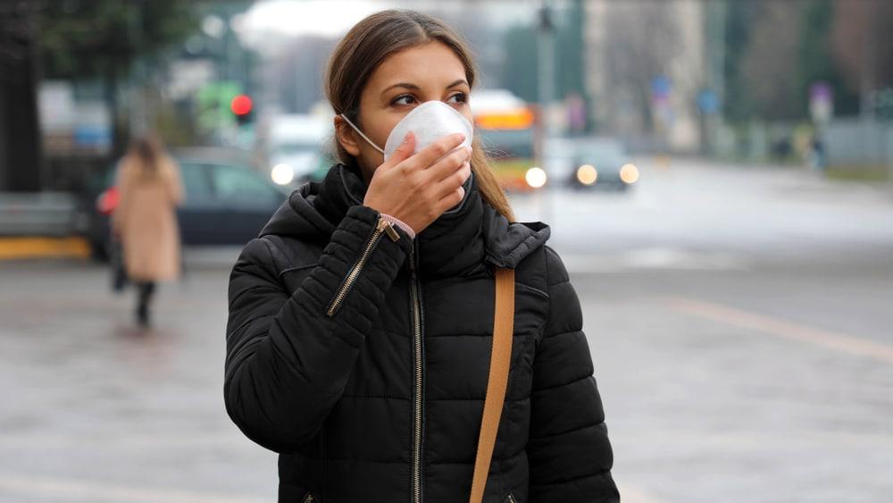Covid-19,Pandemic,Coronavirus,Woman,In,City,Street,Wearing,Face,Mask